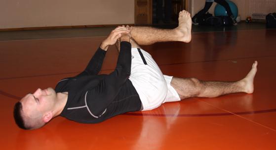 Rozciąganie izometryczne nóg | Taekwondo / MMA Gryf Świdnica